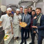 """2° Anniversario """"Arte del Pizzaiuolo Napoletano"""", Pecoraro Scanio: """"Grande vittoria, grandi responsabilità"""". Lanciata la campagna #NoFakePizza: """"Salvaguardiamo l'autenticità della vera pizza napoletana contro l'italian sounding""""."""
