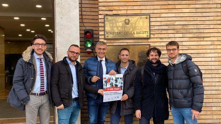 Alfonso Pecoraro Scanio e il team chatbot Minerva